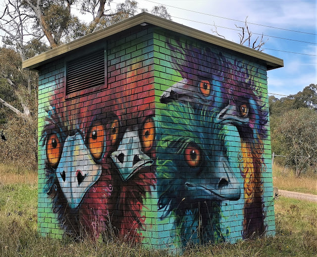Deakin Street Art   GraffikPaint & Leigh Walker
