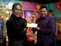 Orang Sekadau Terima Penghargaan dari Ruai TV di Pontianak