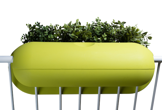 balconismo design balkonkasten mit bew sserung design. Black Bedroom Furniture Sets. Home Design Ideas