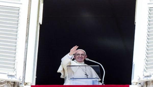 Papa Francisco visitará zonas afectadas por terremoto en Italia