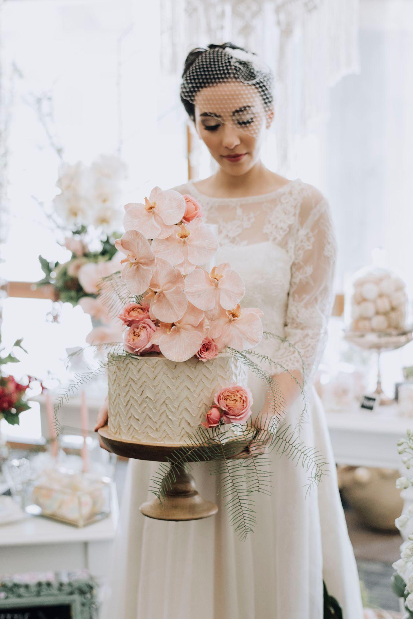 Q+A: POSH LITTLE CAKES | BESPOKE WEDDING CAKES PERTH WA