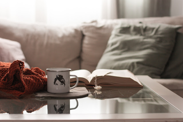 https://mediasytintas.blogspot.com/2020/10/5-libros-que-te-encantara-leer-en-otono.html