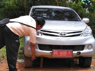 Oknum DPRD Kembalikan Mobil Kondisi Rusak