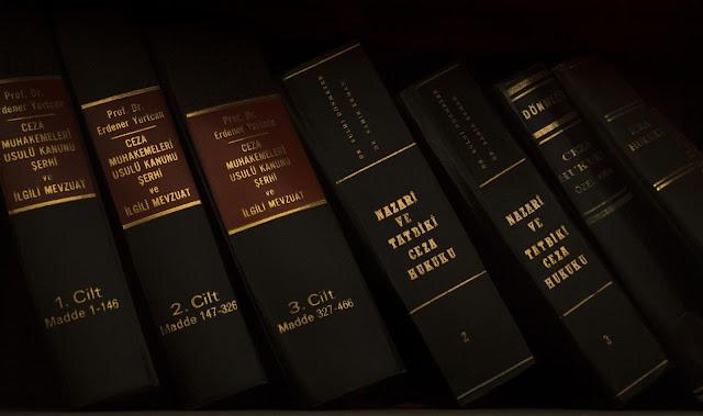 『クリトン』で語るソクラテスの考える「国法」について解説