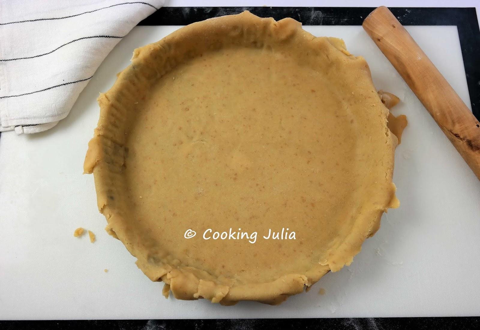 cooking julia   tarte  u00c0 la rhubarbe et  u00c0 la cr u00c8me d u0026 39 amande