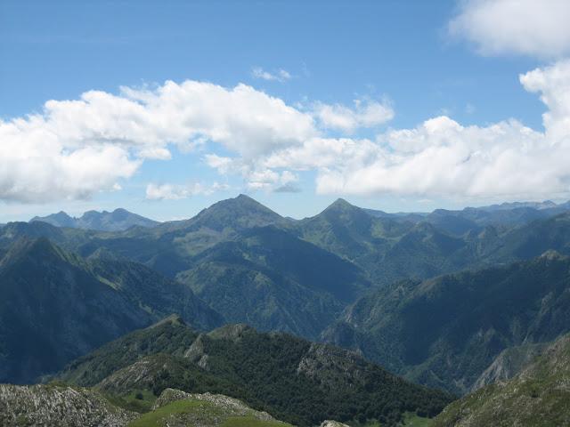 Rutas Montaña Asturias: Vista de Peña Ten desde el Canto Cabronero