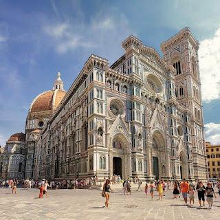 La fachada del la catedral de Florencia