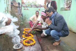 hemant-reaches-rajrappa-temple