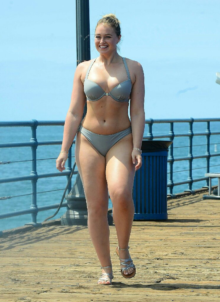 Iskra Lawrence Looks Hot Bikini Latest Pictures 2019