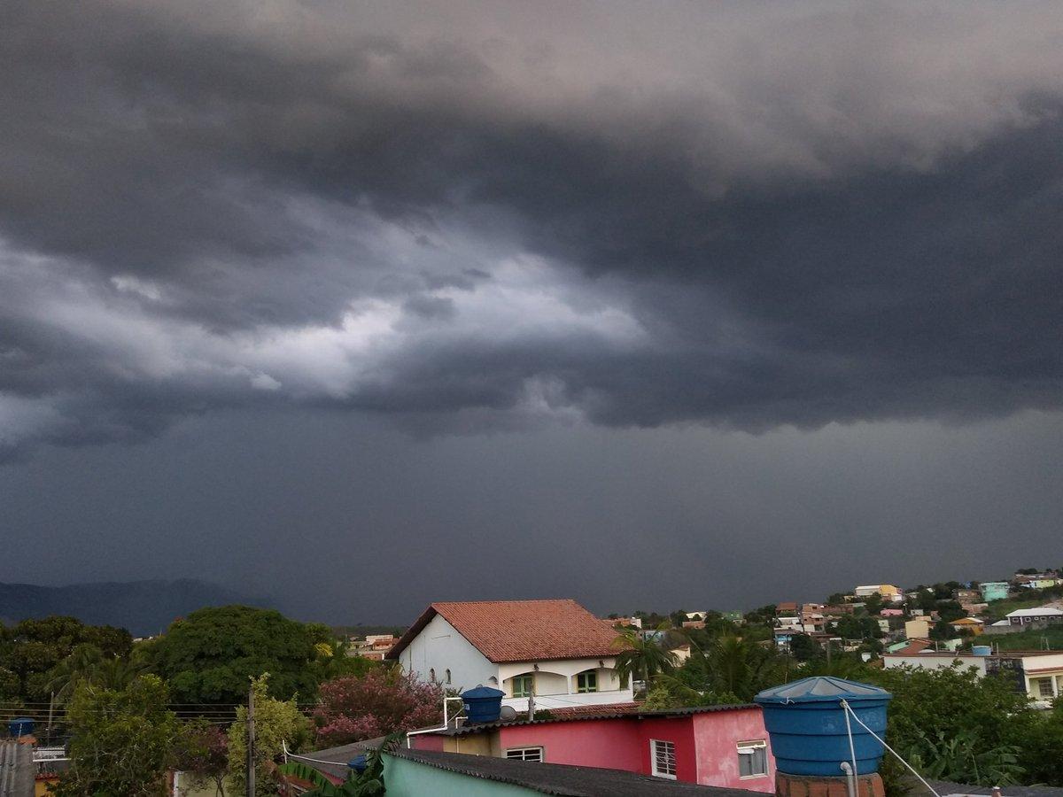 Meteorologia prevê possibilidade de muita chuva a partir do dia 1º de Janeiro em Malhada de Pedras e região circunvizinhas