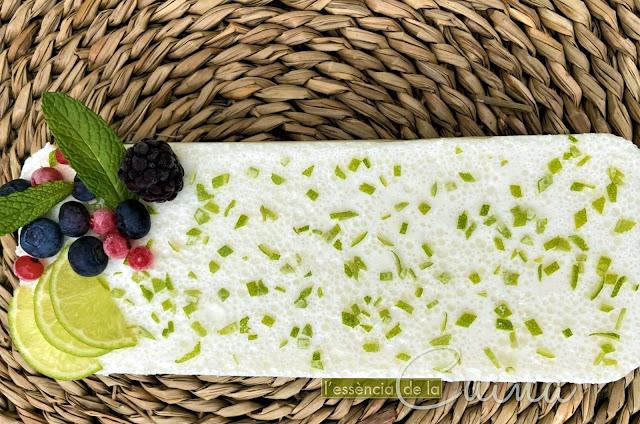 Pastís Llima, mousse, llima, postres, L'Essència de la Cuina, Pastel Lima, Lima