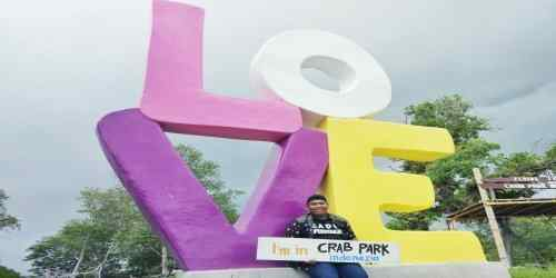 Taman Wisata Crab Park Barru