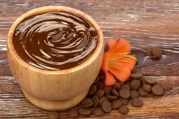 قناع الشوكولاتة لجميع أنواع البشرة