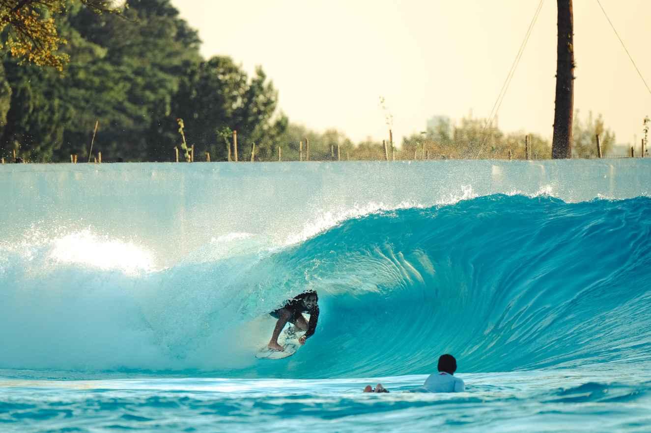 surf30 wavegarden brasil Wavegarden Praia da Grama Ian Gouveia barrel