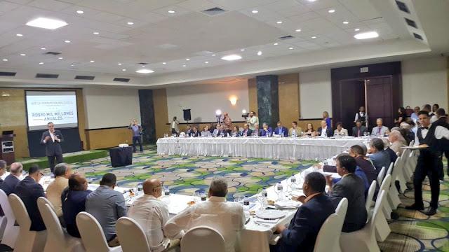 Abinader presenta en Santiago propuesta Rescate Institucional