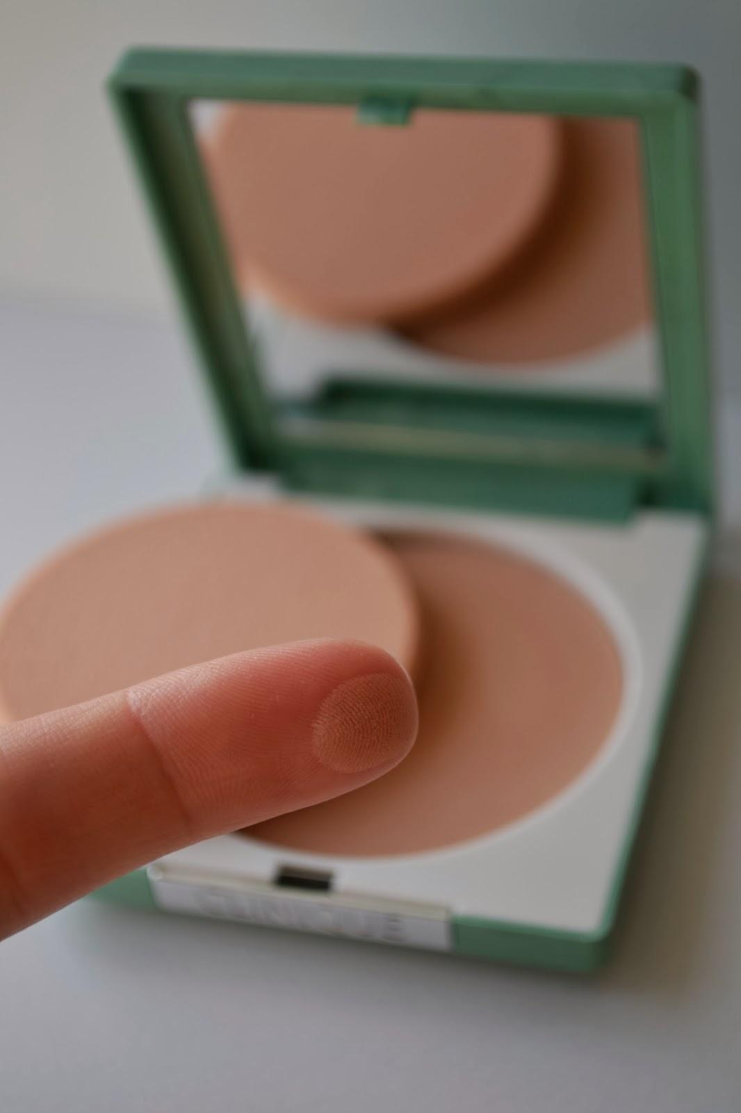 clinique mascara, clinique sephora,kosmetyki clinique anti blemish, clinique do twarzy, clinique kosmetyki do makijażu, kosmetyki clinique opinie,clinique puder, kosmetyki clinique zestawy,