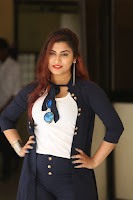 Actress Gunnjan Aras Latest Photo Shoot HeyAndhra.com