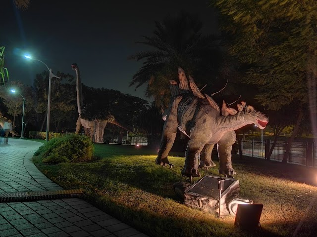 26 photos from our trip to Dinosaur Park inside Dubai Garden Glow
