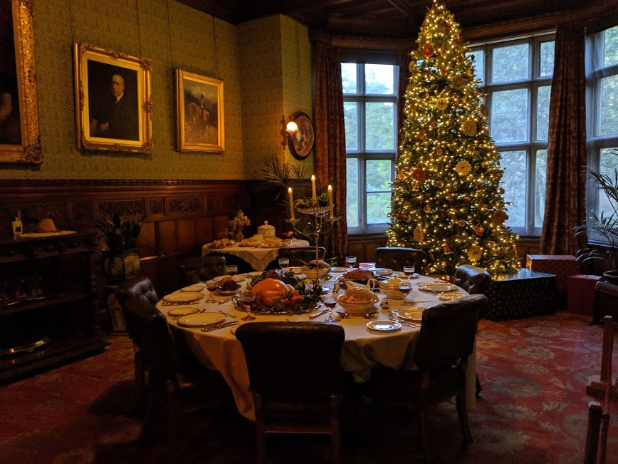 Christmas & Santa at Cragside Review  - Dining Room Christmas Tree