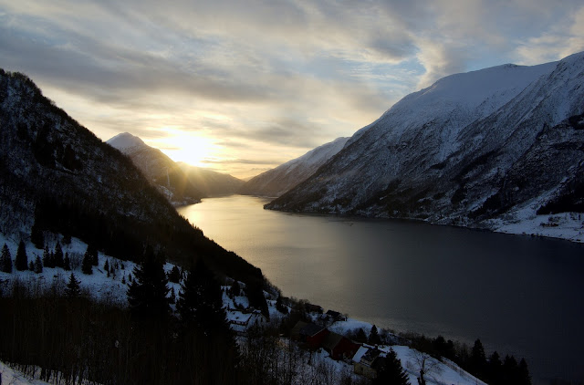 Awe-inspiring fjords of Norway! This is the Fjærlandfjord. Photo: WikiMedia.org.