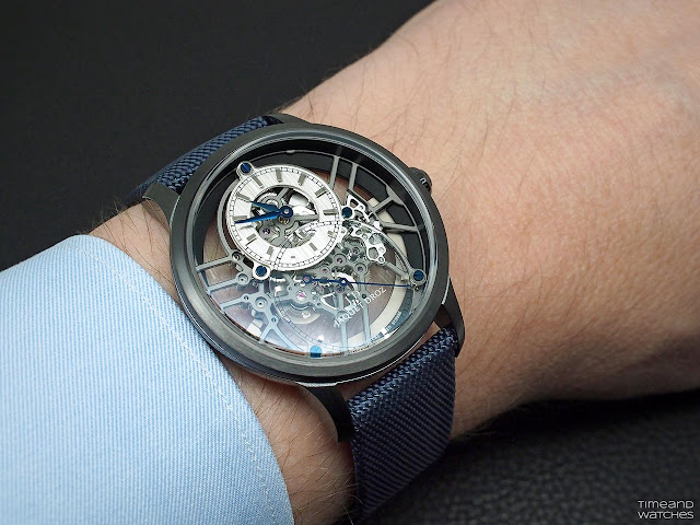 Wristshot of the Jaquet Droz Grande Seconde Skelet-One Ceramic Ref. J003525541