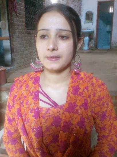 Indian Pakistani And Arabic Desi Girls And Mobile Number -9871