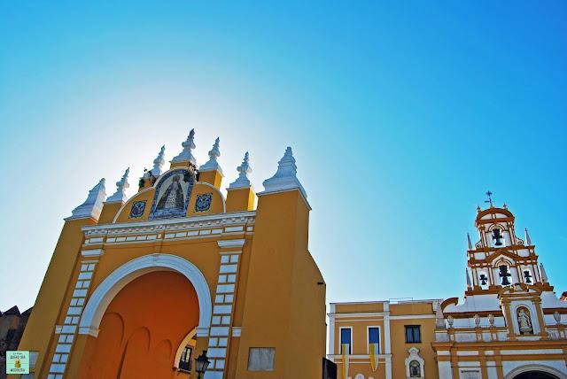 Basílica y arco de la Macarena, Sevilla