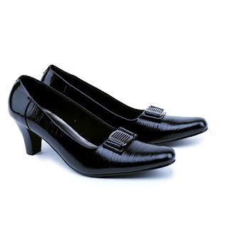 gambar sepatu kerja garsel,sepatu kerja wanita hitam,gambar sepatu kerja hak 5cm, grosir sepatu kerja murah,sepatu kerja guru kulit asli, sepatu formal kerja pegawai bank,sepatu pantofel wanita elegan,sepatu handmade cibaduyut kerja