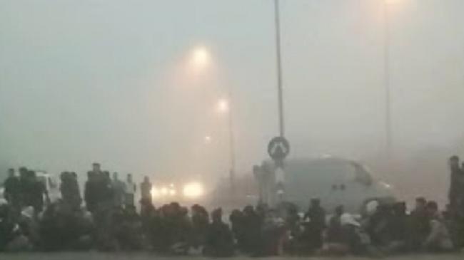 Έβρος: Παράνομοι μετανάστες έκαναν μπλόκο και έκλεισαν την Εθνικό οδό