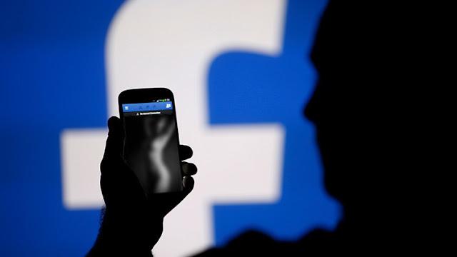 Facebook publica una foto de una adolescente desnuda y ella lleva a la red social a los tribunales