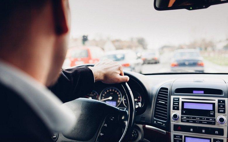 Διπλώματα οδήγησης: Ξεμπλοκάρουν 105.000 αιτήσεις - Στη Βουλή νομοθετική ρύθμιση