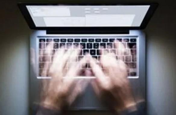 Συνελήφθη 38χρονος Αλβανός για προσβολή της γενετήσιας αξιοπρέπειας ανηλίκου μέσω διαδικτύου
