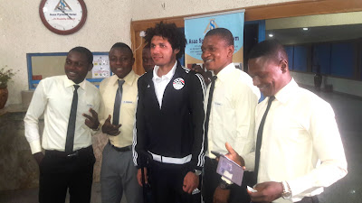 INTERESTING! SALAH AND ELNENY ARRIVE KADUNA WITH THE EGYPTIAN NATIONAL TEAM... WHAT A SAFE TRIP