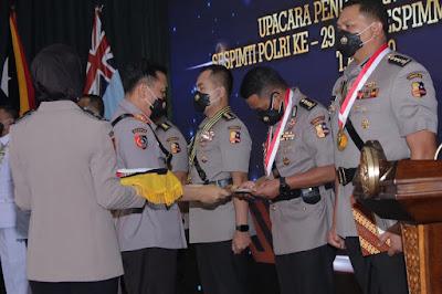 Hengki Haryadi Raih Lulusan Terbaik Umum Sespimti Polri ke-29