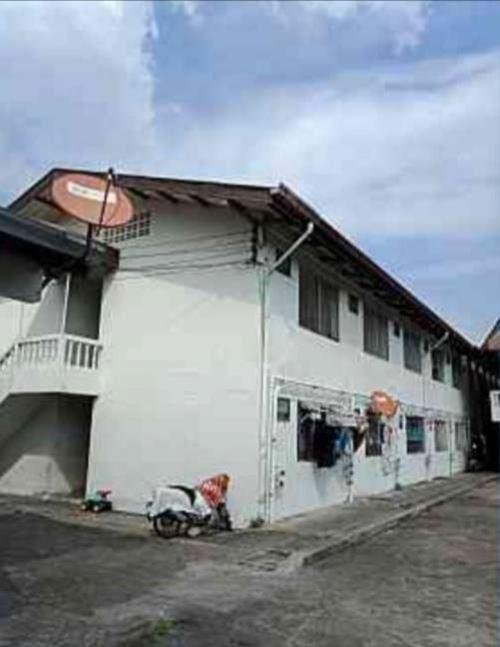 ขาย กิจการห้องเช่า 186 ห้อง มี 6 อาคาร บนที่ 4 ไร่ อยู่หลังวัดสิงห์ เอกชัย43 บางบอน ปัจจุบันมีลูกค้าประจำเช่าอยู่แล้ว