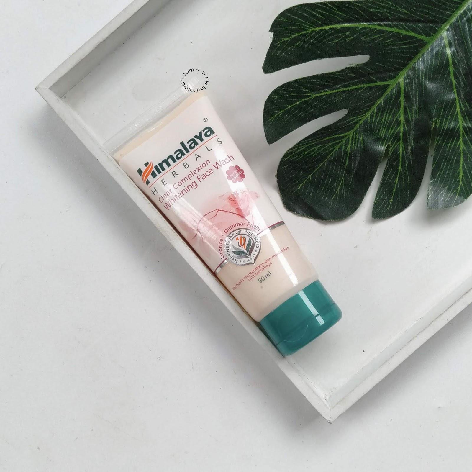 himalaya-herbals-whitening-face-wash