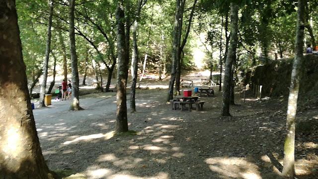 Parque de Merendas da Praia Fluvial da Albufeira da Queimadela