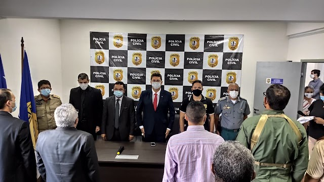 Comandante do Corpo de Bombeiros, Cel. Célio Roberto, participa de posse de novo delegado Geral da Polícia Civil