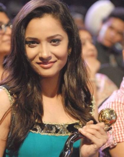 सुशांत सिंह की एक्स गर्लफ्रेंड खूबसूरती में नहीं है किसी एक्ट्रेस से कम