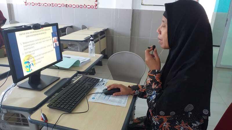 Guru Sekolah Dasar Harus Beradaptasi dengan Pembelajaran Digital