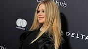 Los tiempos difíciles de Avril Lavigne mientras habla sobre el racismo en redes sociales