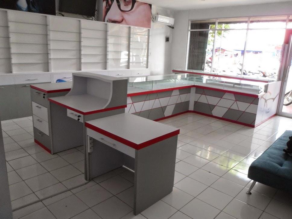 Etalase Kacamata dan Interior Untuk Optik - Semarang 04