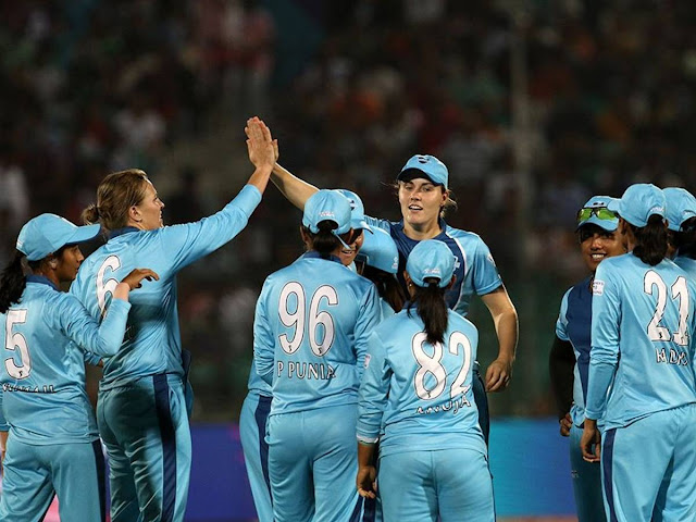 SUPERNOVAS VS VELOCITY Women's T20 Challenge 2020 Dream 11 Winning Team