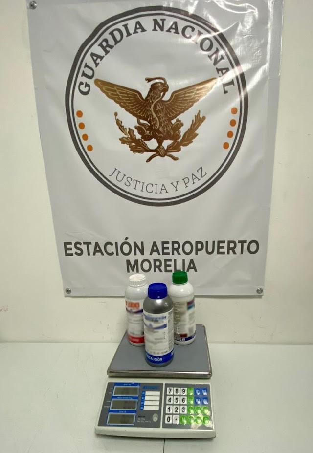 ASEGURA GUARDIA NACIONAL TRES BOTELLAS CON SUPUESTO INSECTICIDA QUE CONTENÍAN APARENTE METANFETAMINA LÍQUIDA