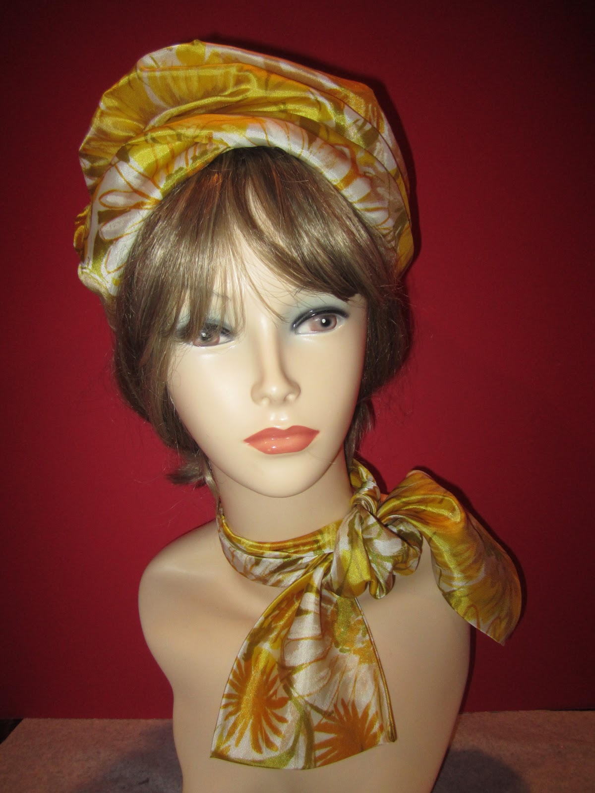 Jackie Kennedy Pillbox Hat: 1st Name: All On People Named Jacqueline: Songs, Books