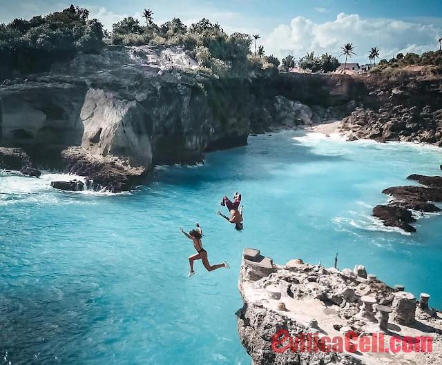 Blue Lagoon Cliff Jump Di Bali