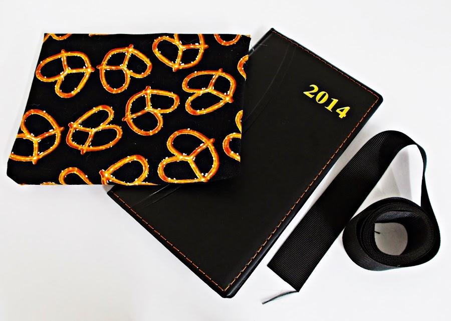 DIY-forrar-encuadernar-cuaderno-libro-libreta-agenda-tela-2