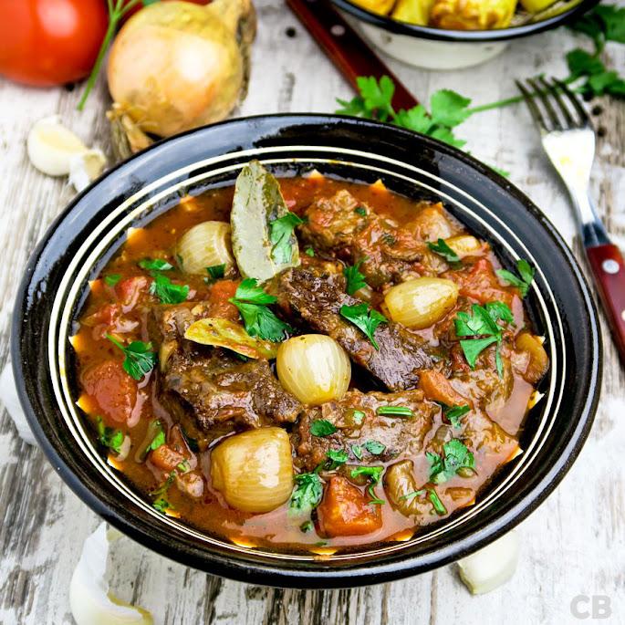 Recept: zo maak je de lekkerste Griekse stoofpot, stifado!