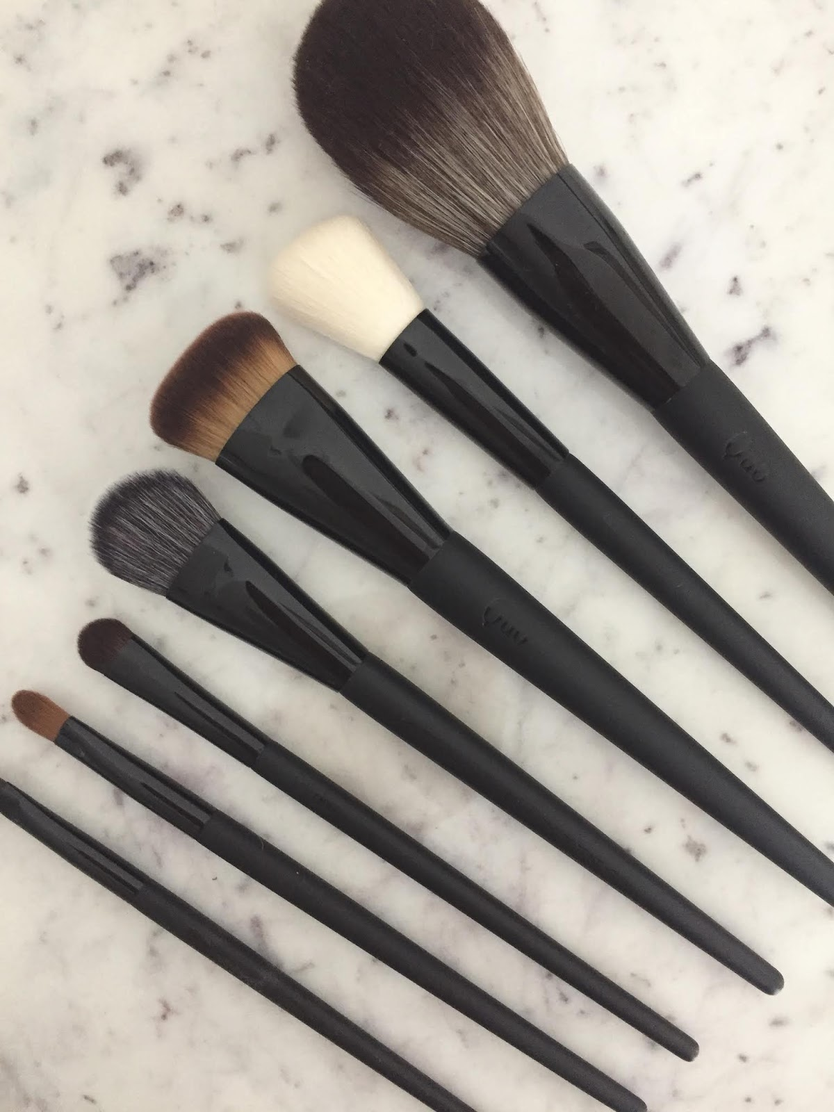 Quo Makeup Brushes: A quick review