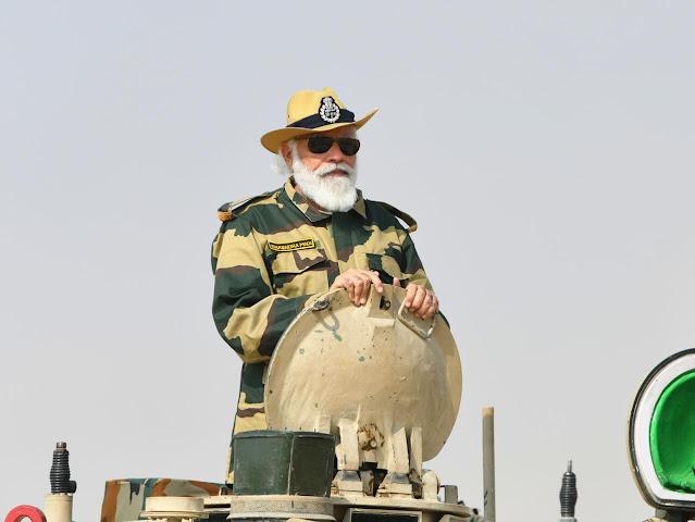 PM Modi In Jaisalmer On Tank